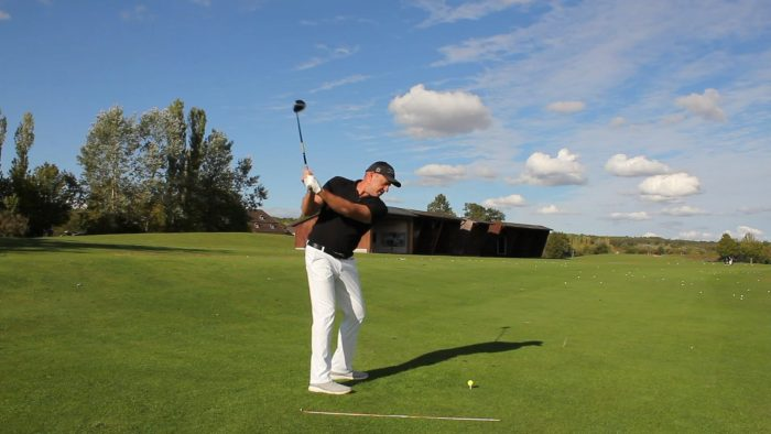 The Top! – Slot the backswing!