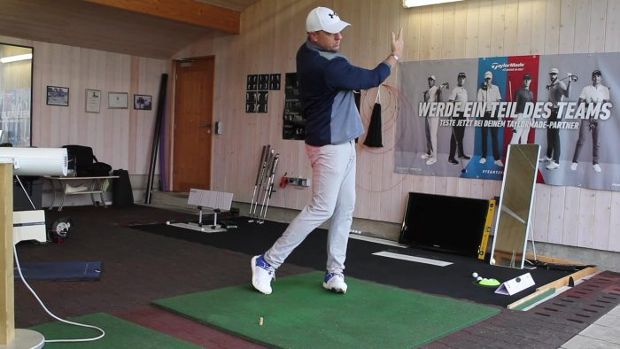 How to Draw the Ball With the Rory McIlroy Hand Pattern!